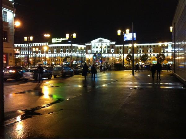 Сенная Площадь. Неподалеку от любимого массажного салона «Бордо» =)