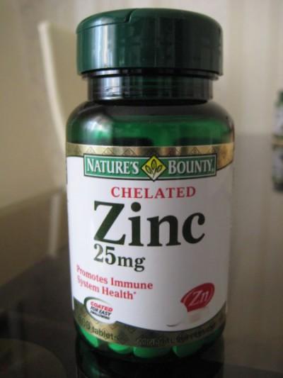 Хелатный Цинк 25 мг от Natures Bounty. Пью такой же