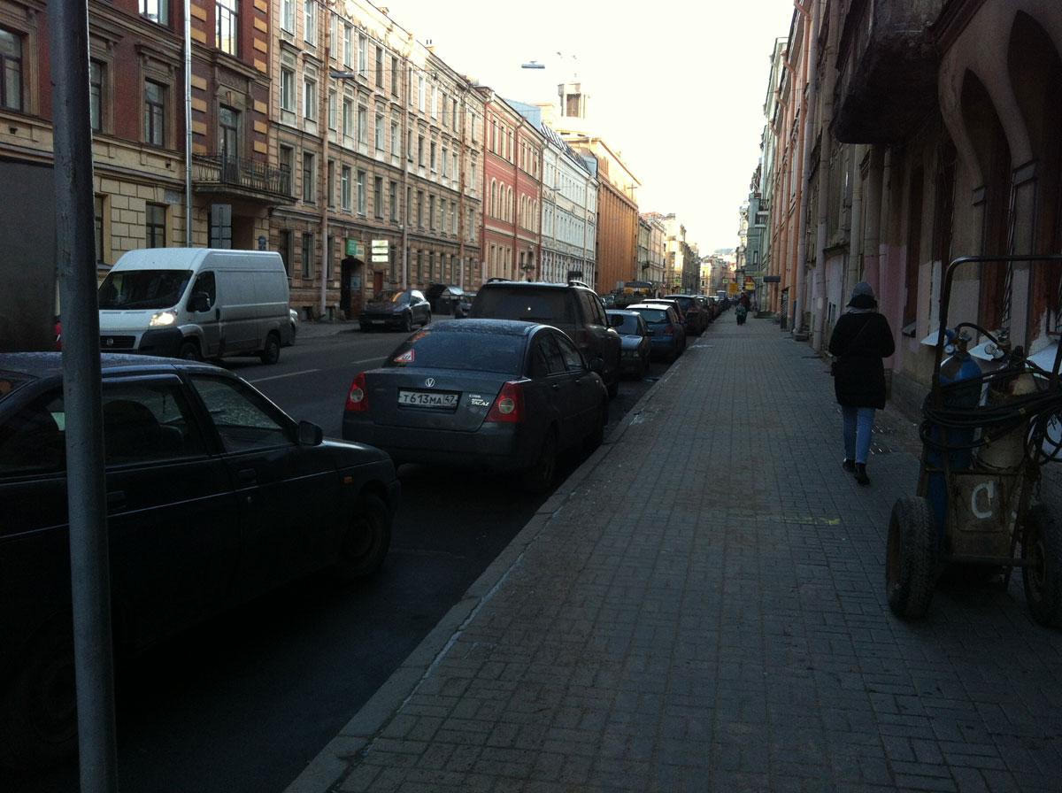 Басков переулок. Недалеко от АмурСПА
