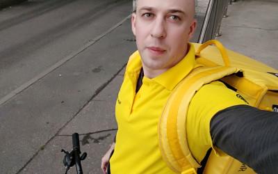 Сегодня утром был изменен мой ник в Telegram. И мой первый рабочий день в Яндекс Еде
