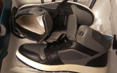 Возвращение родителей. Покупка обуви. Инъекции Мирамистина в член
